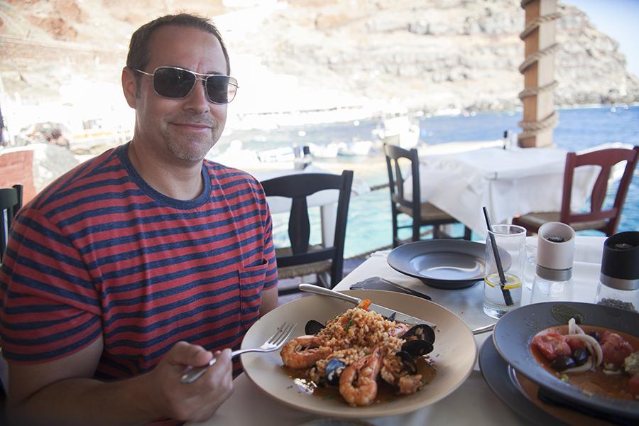 Ammoudi Bay paella