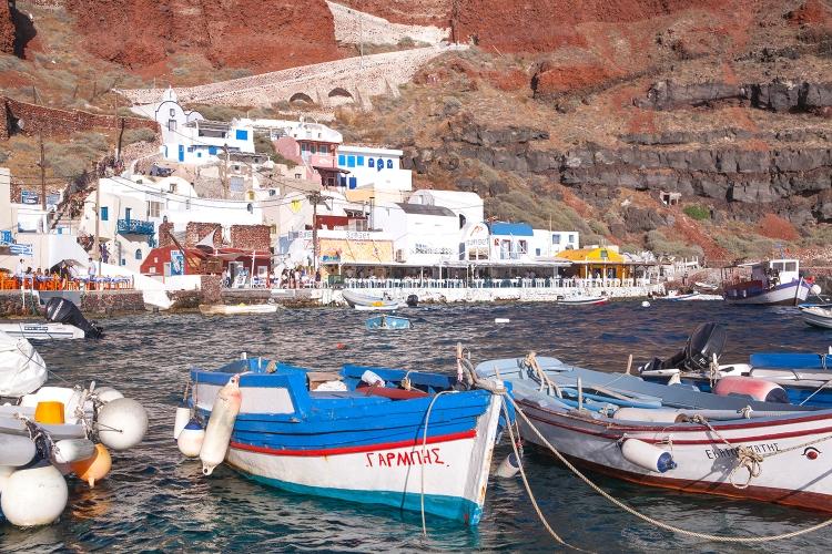 Ammoudi Bay row boats